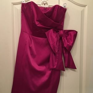 Magenta strapless party dress